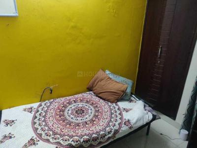 Bedroom Image of PG 3806800 Shalimar Bagh in Shalimar Bagh