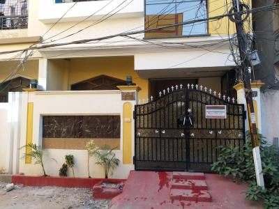 Gallery Cover Image of 1300 Sq.ft 3 BHK Independent Floor for rent in Toli Chowki for 20000