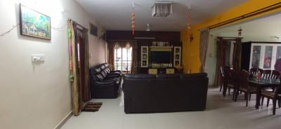 Gallery Cover Image of 1700 Sq.ft 3 BHK Apartment for rent in Sai Madhura Swarnima, Panduranga Nagar for 27400