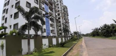 Gallery Cover Image of 1405 Sq.ft 3 BHK Apartment for buy in Kamalgazi for 5450000