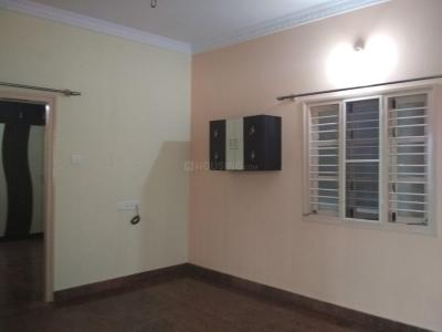 Gallery Cover Image of 600 Sq.ft 1 BHK Independent Floor for rent in 5th Phase for 10000