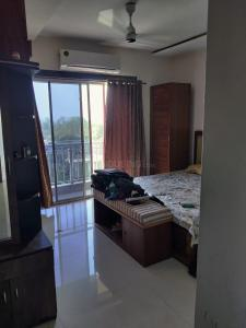 Gallery Cover Image of 1290 Sq.ft 3 BHK Apartment for rent in Regency Regency Heights, Thane West for 50000