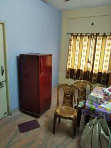 Gallery Cover Image of 600 Sq.ft 2 BHK Apartment for rent in Thakurpukur for 7500