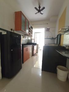 Gallery Cover Image of 888 Sq.ft 2 BHK Apartment for rent in Dedhia Palatial Height, Andheri East for 34000