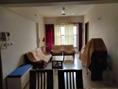 Gallery Cover Image of 985 Sq.ft 2 BHK Apartment for rent in Thane West for 35000