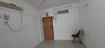 Gallery Cover Image of 300 Sq.ft 1 RK Apartment for rent in Worli for 18000