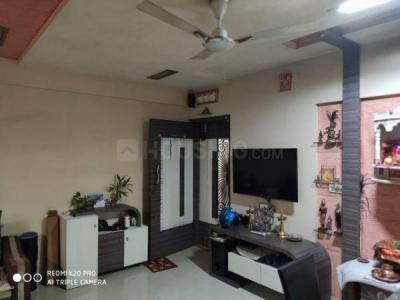Gallery Cover Image of 825 Sq.ft 2 BHK Apartment for buy in Sainath Height, Mulund East for 17000000