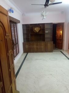 Gallery Cover Image of 1100 Sq.ft 2 BHK Apartment for rent in Sahakara Nagar for 17000