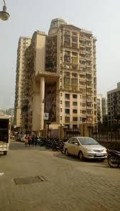 Gallery Cover Image of 1200 Sq.ft 2 BHK Apartment for buy in Borivali East for 18500000