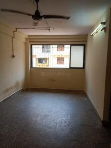 Gallery Cover Image of 380 Sq.ft 1 RK Apartment for rent in Chatrapati Shivaji Raje Complex, Kandivali West for 8500