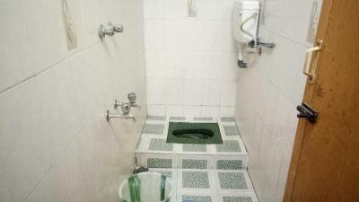 Bathroom Image of Mr.pg Space For Men's in Maduravoyal