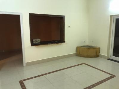 Gallery Cover Image of 1300 Sq.ft 2 BHK Apartment for rent in Century Park, Ashok Nagar for 26000