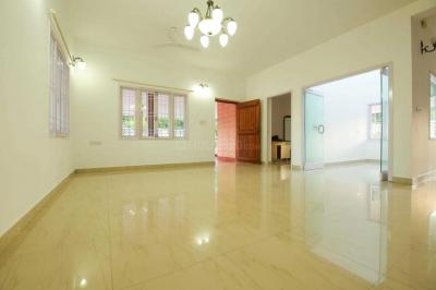 Gallery Cover Image of 3800 Sq.ft 5 BHK Independent House for rent in Panaiyur for 100000