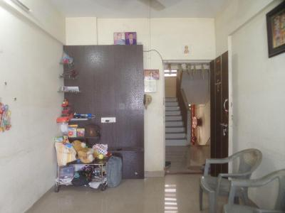 Gallery Cover Image of 800 Sq.ft 2 BHK Apartment for buy in Kalyan West for 5200000