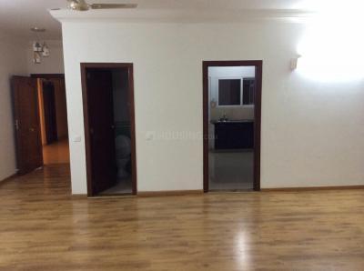 Gallery Cover Image of 2400 Sq.ft 3 BHK Apartment for rent in Prestige Shantiniketan, Krishnarajapura for 45000