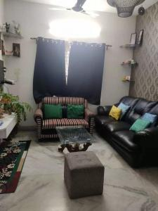 Gallery Cover Image of 730 Sq.ft 2 BHK Independent Floor for buy in Jadavpur for 3000000