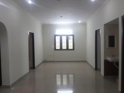 Gallery Cover Image of 1255 Sq.ft 3 BHK Apartment for rent in Kovilambakkam for 20000