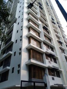 Gallery Cover Image of 670 Sq.ft 1 BHK Apartment for buy in Teenmurty Summit, Borivali East for 12000000
