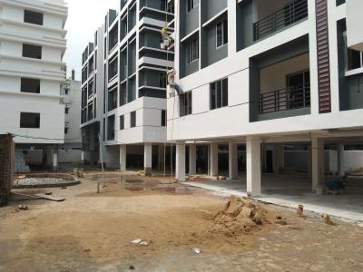 Gallery Cover Image of 1445 Sq.ft 3 BHK Apartment for buy in Char Chinar, Chinar Park for 6069000