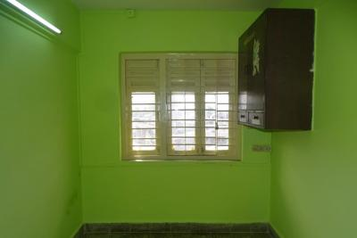 Gallery Cover Image of 640 Sq.ft 2 BHK Apartment for rent in Chembur for 40000