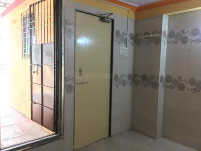 Gallery Cover Image of 400 Sq.ft 2 BHK Independent House for rent in Kandivali West for 23500