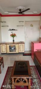Gallery Cover Image of 575 Sq.ft 1 BHK Apartment for rent in Andheri East for 29000