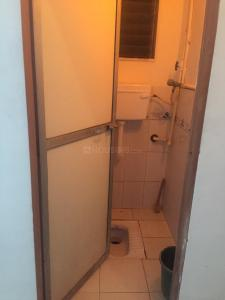 Bathroom Image of Male Roomate in Jogeshwari West