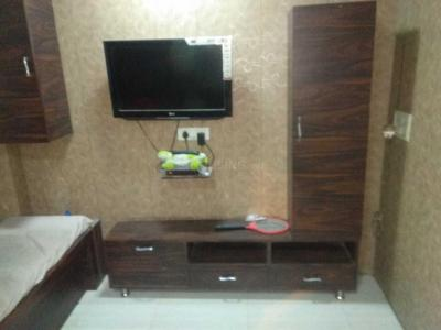 Gallery Cover Image of 500 Sq.ft 1 BHK Independent House for rent in Kopar Khairane for 20000