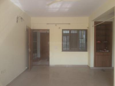 Gallery Cover Image of 1500 Sq.ft 3 BHK Apartment for rent in Swaraj Ravi Kuteera, New Thippasandra for 35000