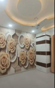 Gallery Cover Image of 550 Sq.ft 2 BHK Apartment for buy in Dwarka Mor for 2700000