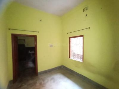 Gallery Cover Image of 500 Sq.ft 1 BHK Independent House for rent in Dum Dum Cantonment for 4500