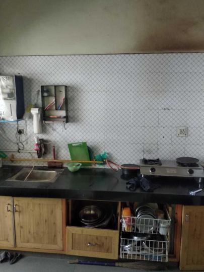 जोधपुर में दक्ष पीजी के किचन की तस्वीर