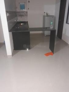 Gallery Cover Image of 1024 Sq.ft 2 BHK Apartment for rent in Kondhwa Budruk for 15000