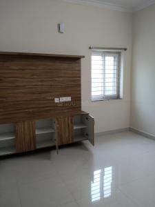 Gallery Cover Image of 800 Sq.ft 1 BHK Apartment for rent in Kondapur for 15000