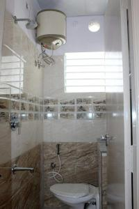 Bathroom Image of Studio Rooms For Girls - Fully Furnished in BTM Layout