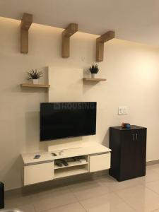 Gallery Cover Image of 700 Sq.ft 1 BHK Apartment for rent in Radiance Mandarin, Thoraipakkam for 21000