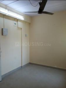 Gallery Cover Image of 325 Sq.ft 1 BHK Apartment for rent in Byculla for 16000