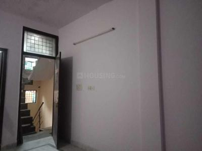 Gallery Cover Image of 620 Sq.ft 2 BHK Independent Floor for rent in Govindpuri for 11000