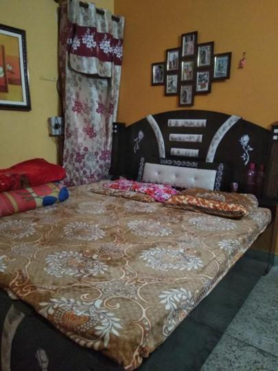 शाहदरा में भाति पीजी के बेडरूम की तस्वीर