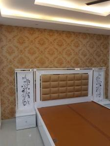 Gallery Cover Image of 1440 Sq.ft 3 BHK Independent Floor for buy in Green Field Colony for 6300000