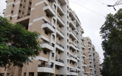 Gallery Cover Image of 680 Sq.ft 1 BHK Apartment for buy in Magarpatta City for 6200000