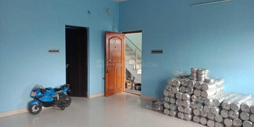 Living Room Image of 1200 Sq.ft 2 BHK Apartment for rent in Thoraipakkam for 15000