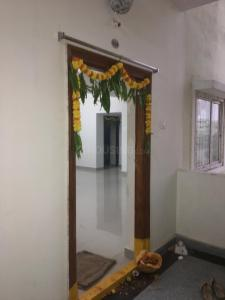 Gallery Cover Image of 1020 Sq.ft 2 BHK Apartment for rent in Rhoda Mistri Nagar for 10000
