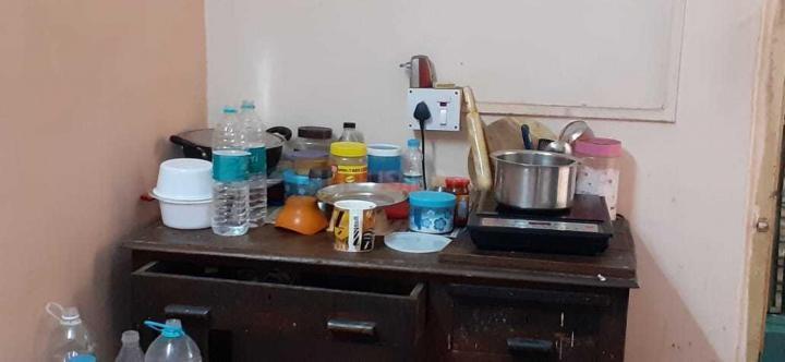 पीजी 4194612 बल्ल्यगूंगे इन बल्ल्यगूंगे के किचन की तस्वीर