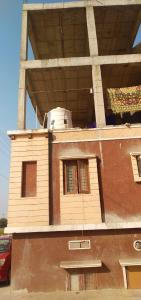 Gallery Cover Image of 900 Sq.ft 3 BHK Independent House for buy in Gundlapochampalli for 7000000