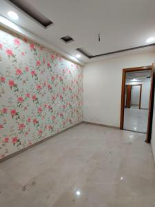 Gallery Cover Image of 1300 Sq.ft 3 BHK Apartment for buy in Gyan Khand for 5585000