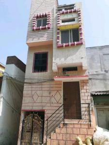 Gallery Cover Image of 650 Sq.ft 1 BHK Independent Floor for buy in Padmarao Nagar for 2000000