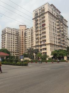 Gallery Cover Image of 1767 Sq.ft 4 BHK Apartment for buy in DLF Oakwood Estate, DLF Phase 2 for 19500000