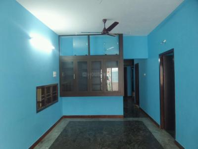 Gallery Cover Image of 1300 Sq.ft 3 BHK Independent Floor for rent in Mugalivakkam for 20000