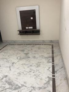 Gallery Cover Image of 3000 Sq.ft 3 BHK Apartment for rent in Manglapuri for 15000